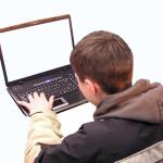 子供がパソコンやiPadを使う時に制限をしとかないといけないね